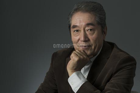 日本人シニア男性の写真素材 [FYI01621967]