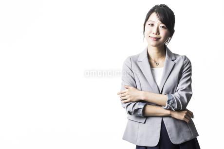 笑顔のビジネスウーマンの写真素材 [FYI01622438]