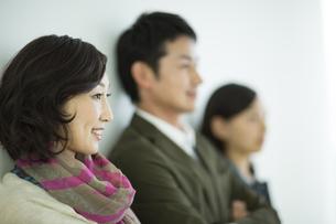 日本人3人家族の写真素材 [FYI01622638]