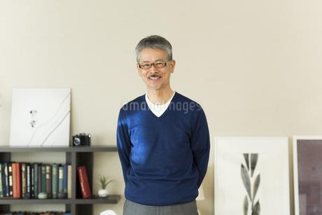 笑顔のシニア男性の写真素材 [FYI01622993]
