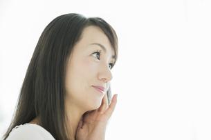 40代日本人女性の美容イメージの写真素材 [FYI01623224]