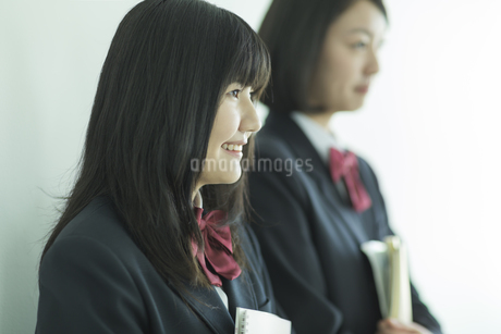 笑顔の女子校生の写真素材 [FYI01623414]