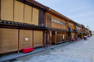 にし茶屋街の家並みの写真素材 [FYI01625256]