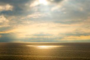 角田岬より日本海の夕景の写真素材 [FYI01626625]