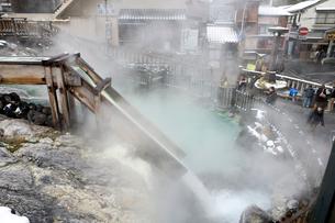 草津温泉の湯畑の写真素材 [FYI01627001]