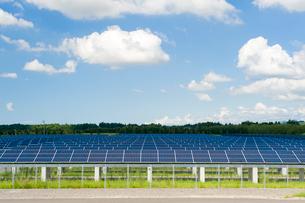 ソーラーパネルの写真素材 [FYI01627970]