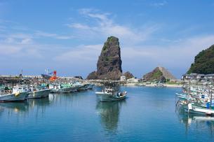 寝屋漁港の漁船の写真素材 [FYI01627996]