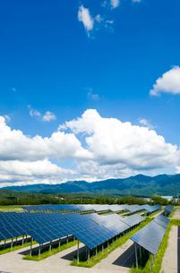 ソーラーパネルの写真素材 [FYI01628143]