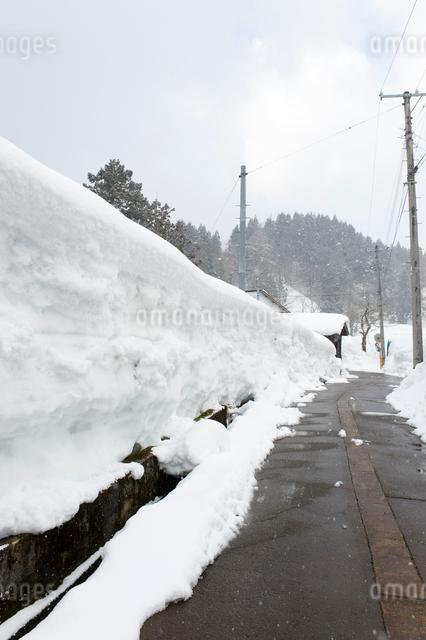 雪の壁の写真素材 [FYI01628549]