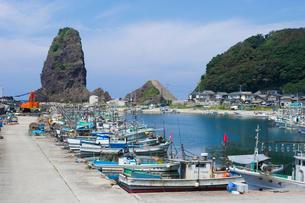 寝屋漁港の漁船の写真素材 [FYI01630949]