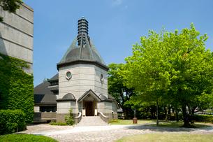 新緑の蕗谷虹児記念館の写真素材 [FYI01631228]