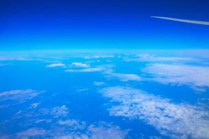 機中より雲の写真素材 [FYI01632410]