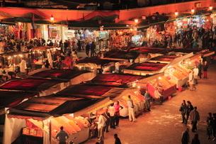 ジャマ・エル・フナ広場の写真素材 [FYI01632620]