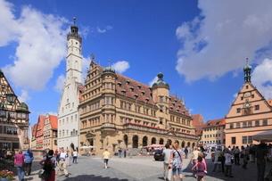 市庁舎とマルクト広場の写真素材 [FYI01632826]
