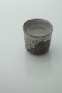 益子焼のぐい飲みの写真素材 [FYI01634849]