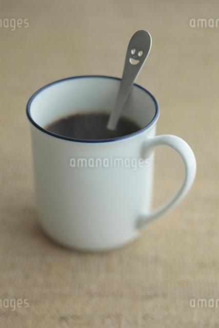 マグカップのコーヒーの写真素材 [FYI01634984]