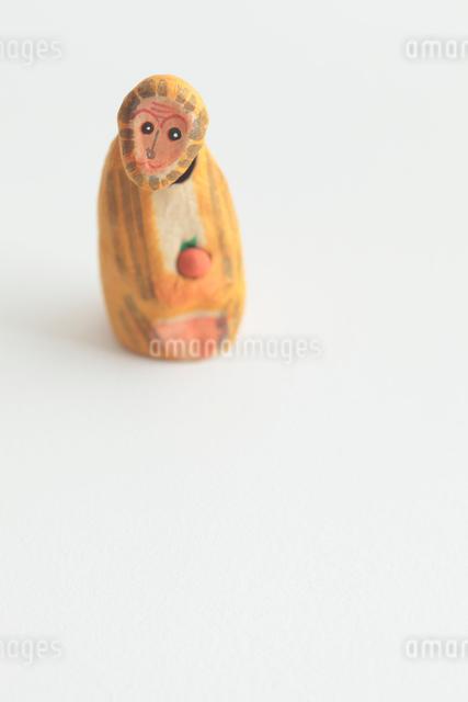 猿の張り子の写真素材 [FYI01635137]