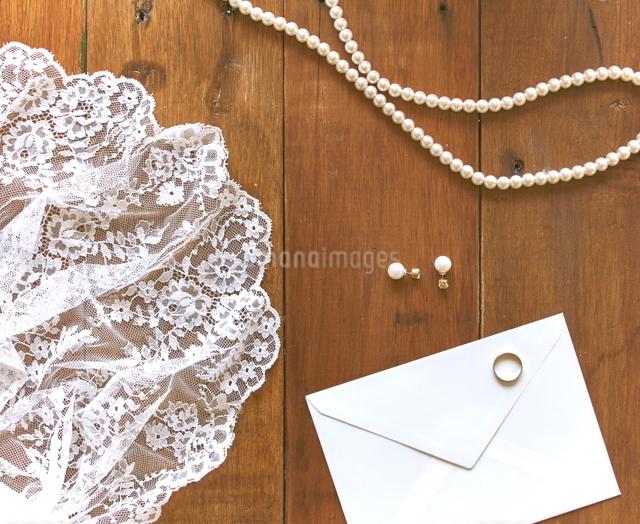 結婚式を感じさせるものの写真素材 [FYI01637493]