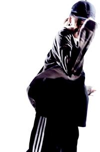 ダンスをする女性のシルエットの写真素材 [FYI01638792]
