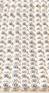 卵のサラリーマンの集合体の写真素材 [FYI01639122]