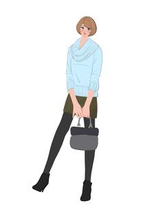 パステルカラーのセーターをきてバッグを持って立つ女性のイラスト素材 [FYI01639899]