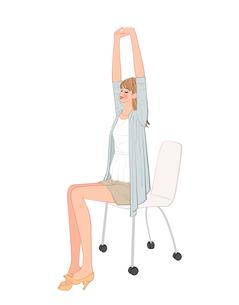 椅子に座り背伸びして肩関節をほぐす運動をする女性のイラスト素材 [FYI01640039]