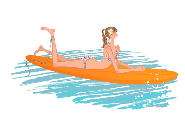 海でサーフボードに寝転ぶ水着の女の子のイラスト素材 [FYI01640302]