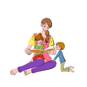 子供を膝にのせて絵本を読むお母さんのイラスト素材 [FYI01640333]