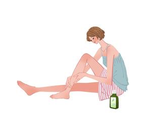 エクササイズの後でオイルで美脚マッサージする女性のイラスト素材 [FYI01640347]