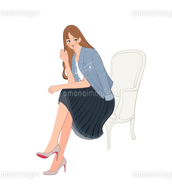 Gジャンを羽織って椅子に座る女性のイラスト素材 [FYI01640417]