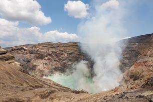 中岳火口の写真素材 [FYI01641852]