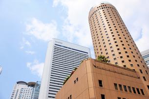 大阪市北区のビル街の写真素材 [FYI01642199]