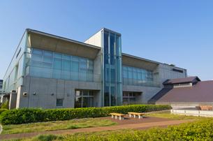 ドナルド・キーンコレクションがある赤レンガの北区中央図書館の写真素材 [FYI01646225]