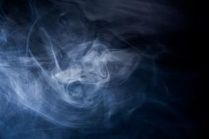 煙の写真素材 [FYI01647189]