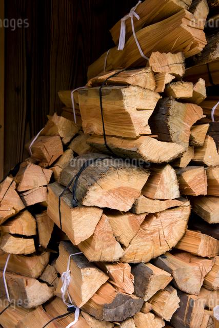 薪の写真素材 [FYI01647593]