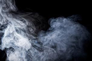 煙の写真素材 [FYI01647797]