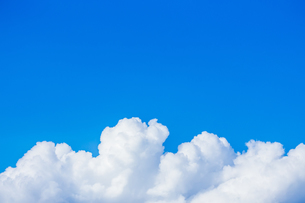 青空と夏雲の写真素材 [FYI01647829]