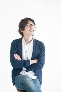 笑顔の20代日本人男性の写真素材 [FYI01651433]