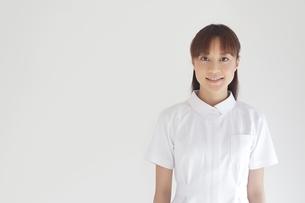 笑顔の看護師の写真素材 [FYI01653428]