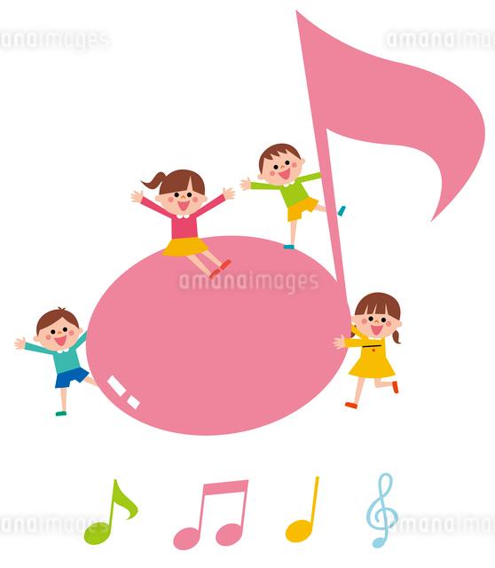 音符と子ども・アイコンのイラスト素材 [FYI01654761]