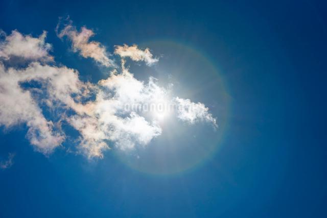 青空と雲の写真素材 [FYI01657290]