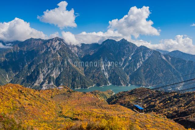 立山ロープウェイ  立山黒部アルペンルート大観峰の写真素材 [FYI01657531]