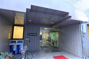 新富区民館の写真素材 [FYI01658638]