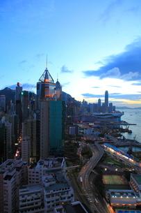 香港島の夕景の写真素材 [FYI01659508]
