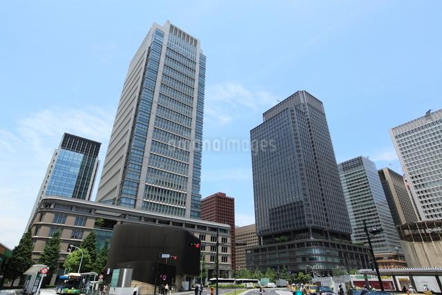 丸ビルと新丸の内ビルの写真素材 [FYI01659697]