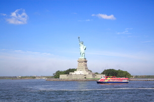 ニューヨーク 自由の女神の写真素材 [FYI01660100]