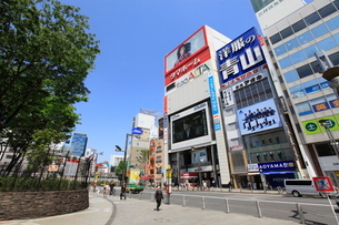 新宿駅東口の写真素材 [FYI01660165]