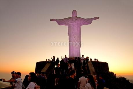 コルコバードの丘 キリスト像の写真素材 [FYI01660280]