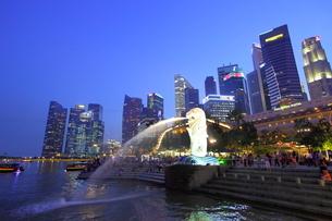 シンガポール マーライオン公園の写真素材 [FYI01661911]