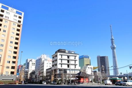 駒形橋西詰交差点の写真素材 [FYI01662584]